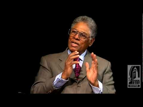 Thomas Sowell on Intellectuals and Society