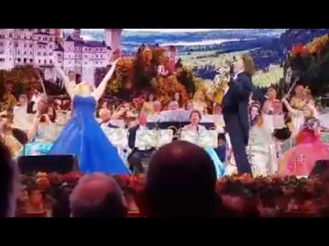 André Rieu and Iva Schell 'Liebe du Himmel auf Erden'