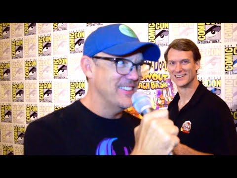Matthew Lillard goes INSANE for LEGO® Scooby-Doo! Blowout Beach Bash at SDCC