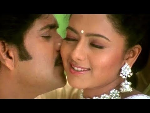 Telugu Super Hit Song - Oka Devata Velasindhi (Male)