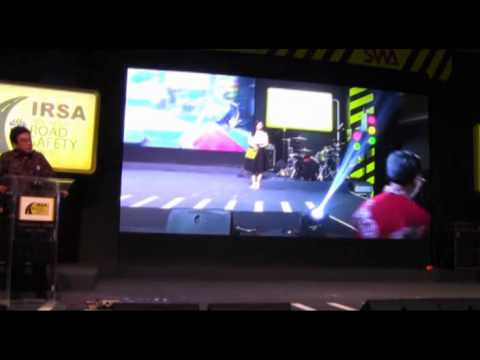 Indonesia Road Safety Award 2014: Penyerahan Penghargaan