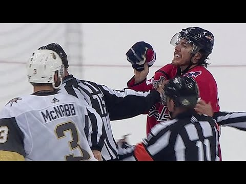 Oshie furious with McNabb after being hit from behind into boards