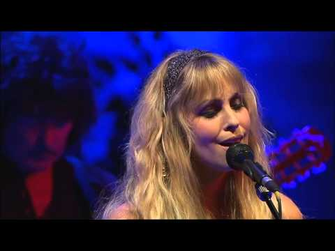 Blackmore's Night - Diamonds And Rust - Live in Paris 2006 - HD