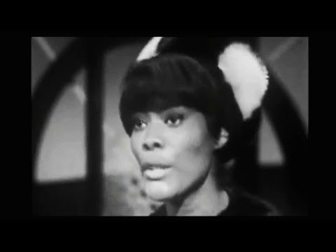 "DIONNE WARWICK sings ""WALK ON BY""   LIVE  1964"