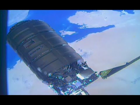 Cygnus OA-7 Unberthing & Transfer to Release Position (Time Lapse)