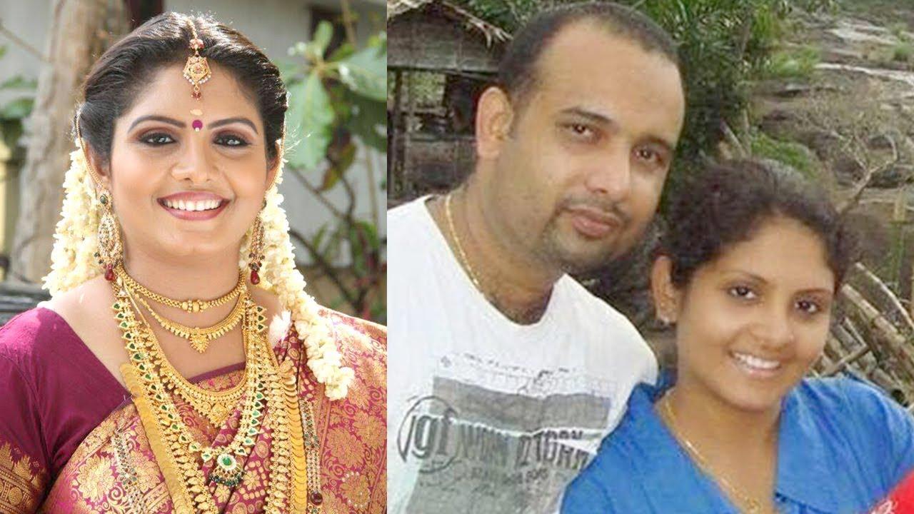 Serial Actress Gayathri Arun Deepthi IPS Parasparam Unseen After Marriage