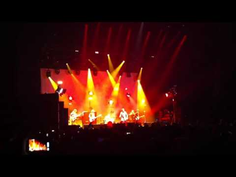Beady Eye - The Roller (HMH 18-10-2011)