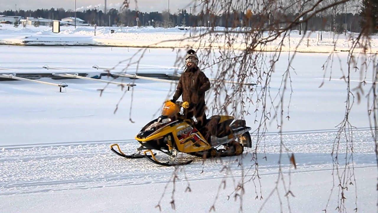 Ski Doo Mxz 600 Ho Yamaha Venture Almost Top Speed Youtube