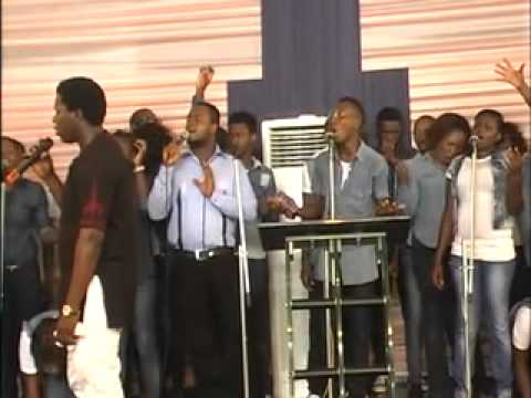 kelly,  dero and the celebrity levites....,  worship medley..........
