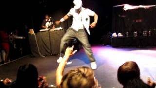 "Bell Biv DeVoe - ""Do Me!"" - live"