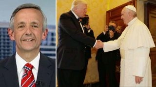 Jeffress: President and the pope turned the other cheek