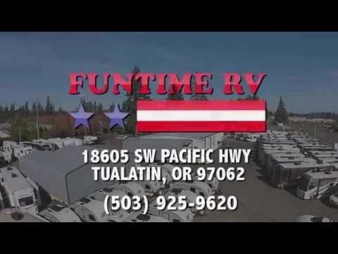 2017 Fleetwood Bounder 33C Motorhome For Sale Near Portland, OR