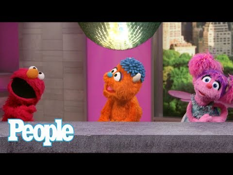 Elmo & Friends Dance To Justin Bieber's 'Despacito', Dish On Working With Sia | People NOW | People