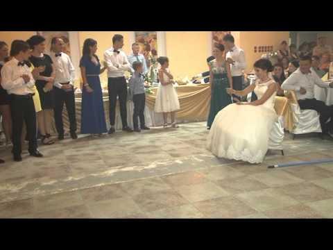 Dansul mirilor amuzant Giani si Anuta