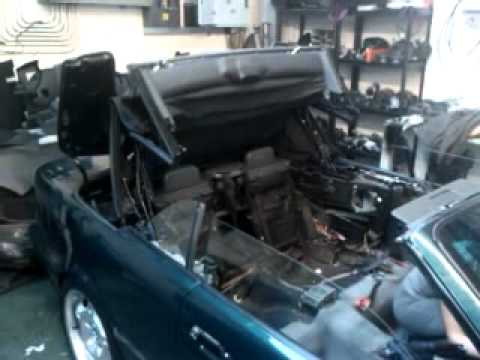 BMW e36 Convertible Roof Operational - YouTube