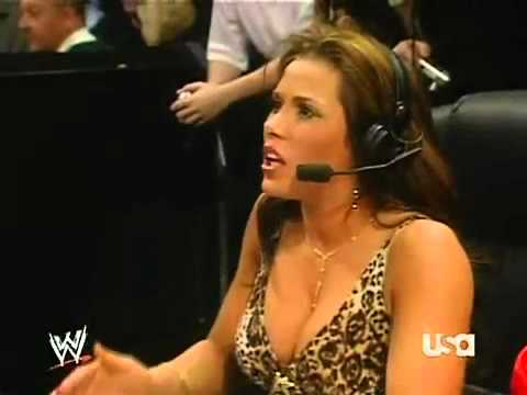 Download WWE Raw 27/11/2006│All Diva Battle Royal w/ Mickie James Announce Table