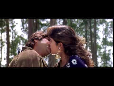 anjala zaveri kissing