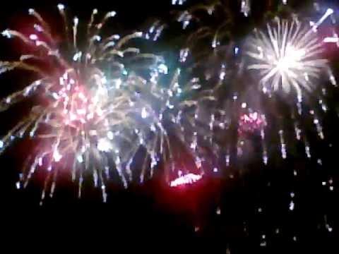Video Clip - Fireworks Part 1 - Waikiki - 6-4-12 sidneysealine ...