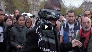 Este Hombre Musulmán Se Paró En Mitad De París Con Un Mensaje. La Respuesta De Los Franceses Fue Así