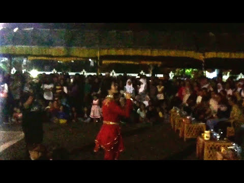 Iis Dahlia - Cinta Apalah Apalah Live In Indramayu