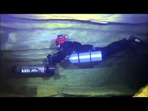 Sidemount cave diving Ressel