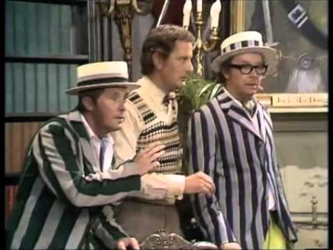 Morecambe and Wise - Best sketches