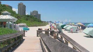 Video Southwest Florida city ranks No. 1 on 'Best Beach Town' list download MP3, 3GP, MP4, WEBM, AVI, FLV Juli 2018