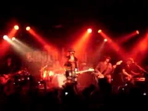Empty Trash - Garden of Growing Hearts Live in Fra