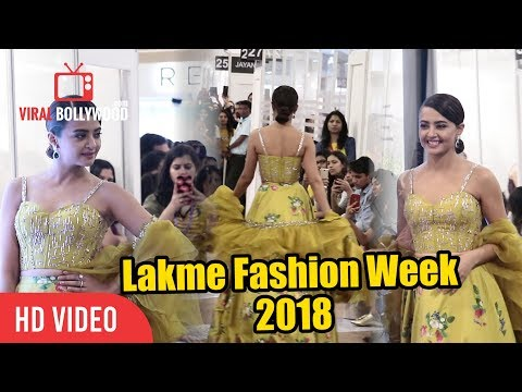 Surveen Chawla At Lakme Fashion Week 2018 | LFW 2018 Day 03
