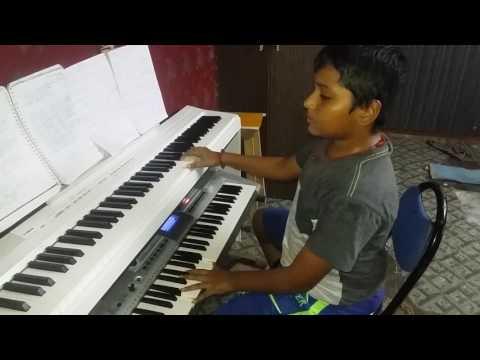 Thendral vanthu theendumbothu  song- SURAJ singing and playing B.G.M