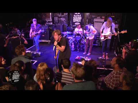Cage The Elephant - Shake Me Down [Live from KROQ]