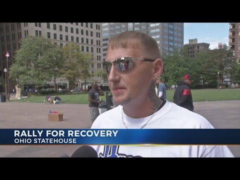 Recovering addicts celebrate progress, remember lost loved ones at Rally to Recovery