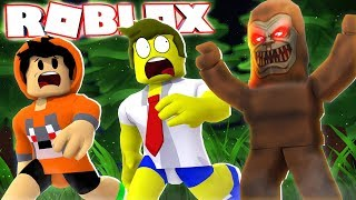 ESCAPE THE BIG FOOT IN THE ROBLOX!! SCARY