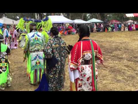 Stanford Powwow 2016 - Grand Entry