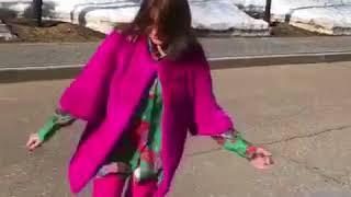 Գարիկ Մարտիրոսյանի կնոջ` զվարճալի պարը