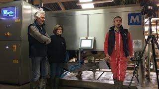 Les associés du GAEC BEDIER donnent leur avis sur le robot de traite FULLWOOD MERLIN M2.