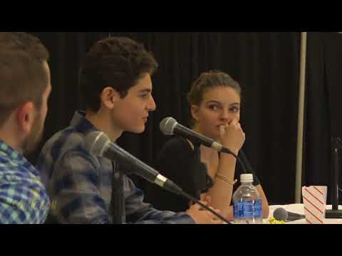 David Mazouz and Camren Bicondova  Rhode Island Comic Con  Gotham  11 November 2017