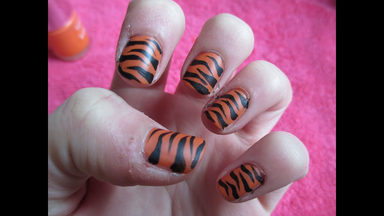 Tiger stripes nail art hd youtube prinsesfo Choice Image