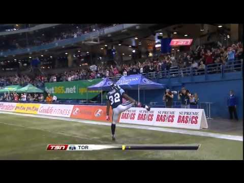 CFL Andre Durie Great Runs Around Defence for 24-Yard Touchdown - Week 16, 2012