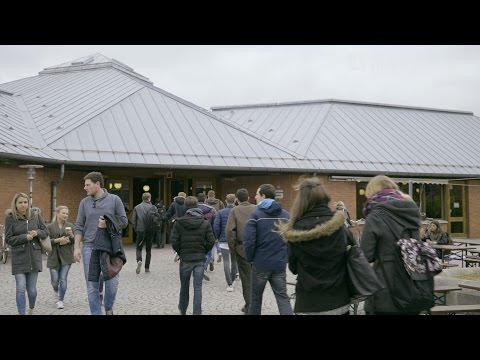 Kleine Campus-Tour für Erstis an der Uni Bayreuth