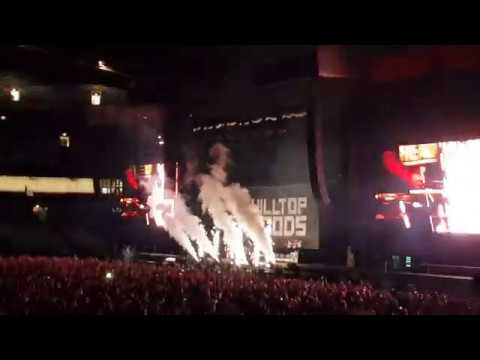 'Cosby Sweater' - Hilltop Hoods - Eminem Rapture Tour - 22/02/2019 Sydney Australia