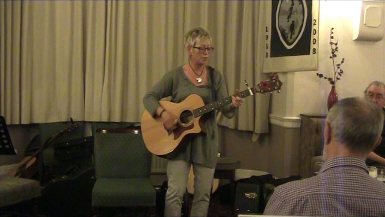 when-the-wind-blows-up-from-the-mersey-gerry-ffrench-frodsham-folkclub