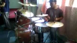 bersuka dalam tuhan (drum cover)