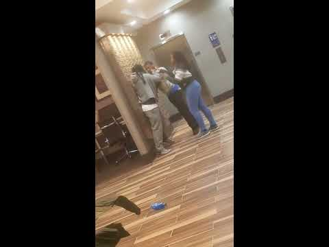 Military Husband Catches Wife Cheating with Another Man in MilitaryKaynak: YouTube · Süre: 1 dakika4 saniye