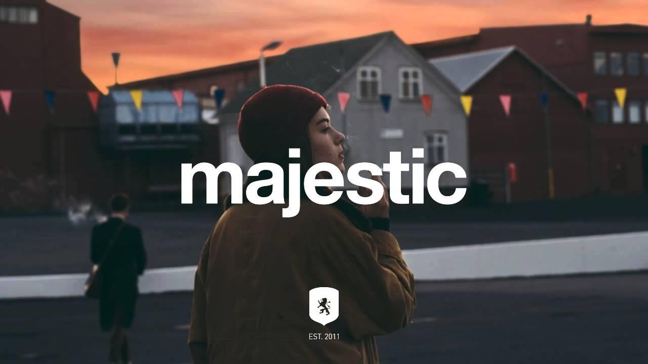 amtrac-darkest-sound-majestic-casual