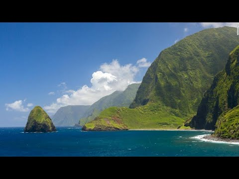 Hawaii tentatively reopening to tourists October 15