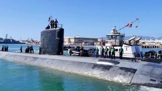 Navy Submarine USS Cheyenne (SSN 773) Departs Pearl Harbor