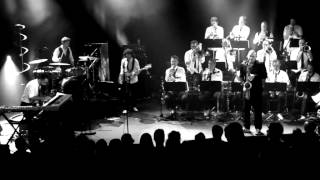 Electro Deluxe Big Band - California (Live In Paris)