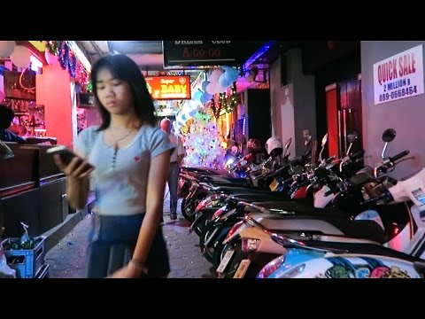 Pattaya NYE 2016 – Walking Street Side Alleys