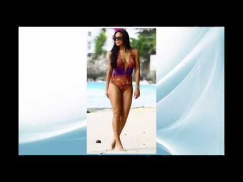 Celebrity Style : Sarah-Jane Crawford in swimsuit in Barbados with her boyfriend